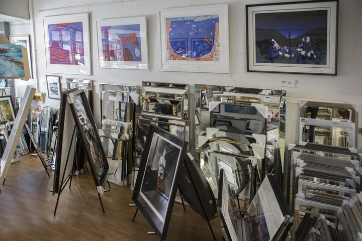 Mirror, Prints and Framing shop in Malvern
